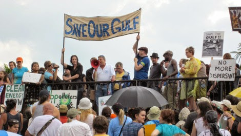 Save Our Gulf protest sign. (Credit: Infrogmation of New Orleans) Click to enlarge.