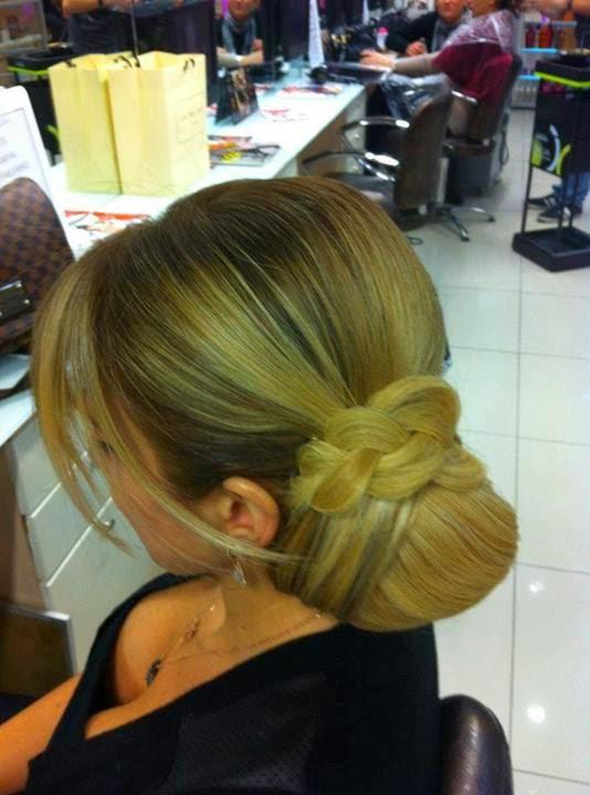 Women Hair Style....