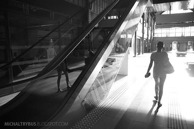 dworzec wrocław, michał trybus, fotografia, trybikfoto, wrocław główny, retro, czarno białe, wrocław b&w
