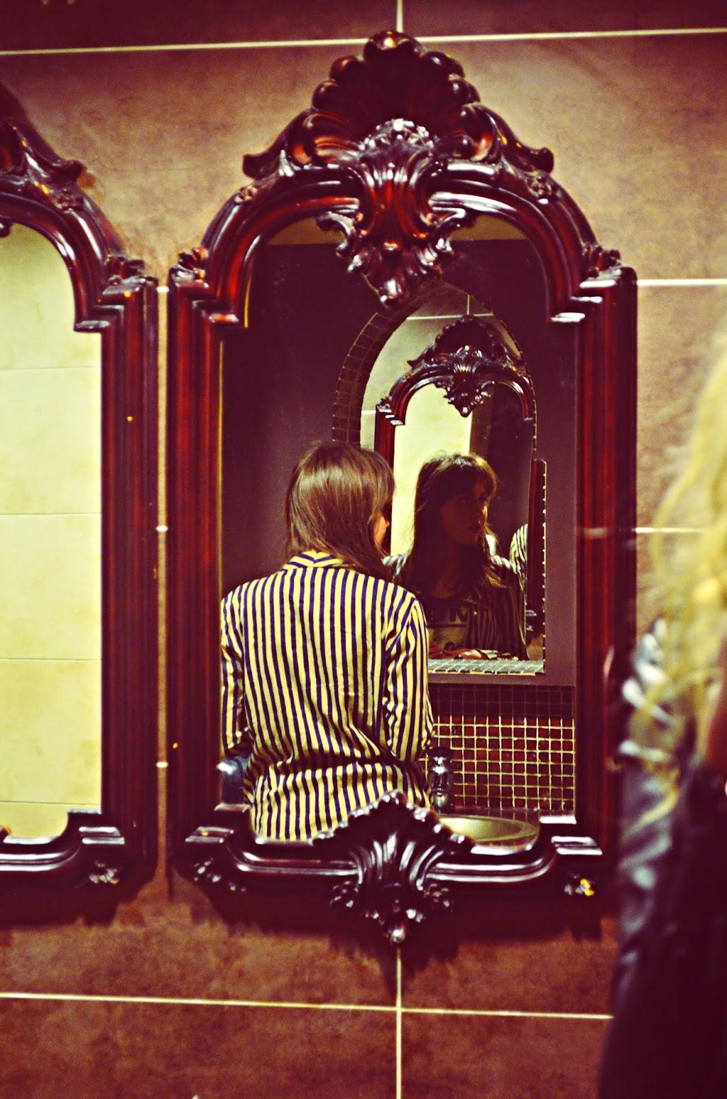 Stephi, stephi lareine, lareine, fashion, fashion blog, fashion blogger, uk fashion blogger, beauty blogger, beauty blog, uk beauty blog, life style blog, lifestyle blogger, uk lifestyle blog, northwest uk, photographer, graphic designer, motel, motelrocks, missguided, ax paris, topshop, urban outfitters, new look, primark, lfw, Liverpool, portrait fashion, lookbook, tumblr, pinterest, twitter, facebook, bloglovin, pastel hair, vintage, diy, nail art, ootd, stephi photography, mirror fashion, brown mirror, kimo's liverpool,
