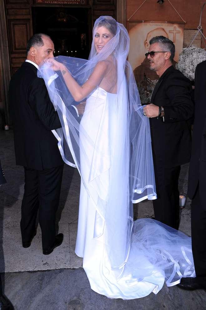 Matrimonio Romano Alberto Angela : Oggi sposi greta lomaglio