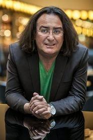 Helga König im Gespräch mit Stéphane Etrillard zum Thema persönliche Souveränität