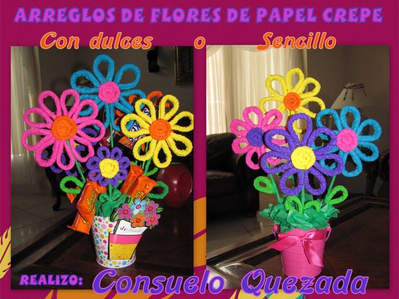 Arreglo con flores de papel crepe corrugado for Manualidades con papel crepe