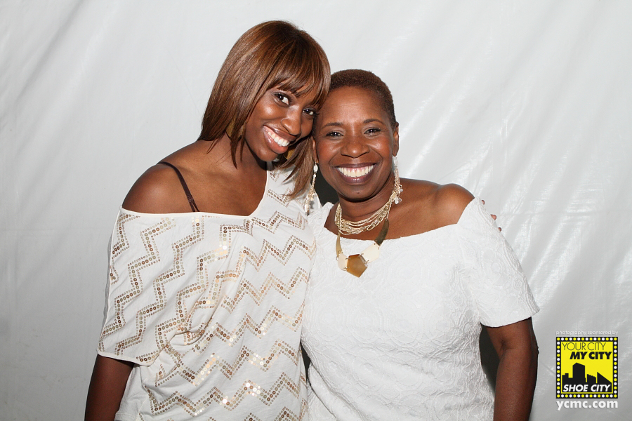 who is iyanla vanzant dating Before she ever wrote her first book, before she became a regular guest on the oprah winfrey show, before she inspired countless with her no-nonsense life advice and before she landed a series on own, iyanla vanzant wasn't just unknown.