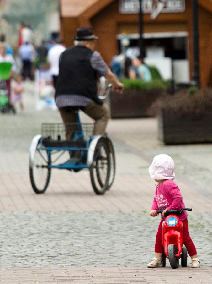 Solo in bicicletta puoi sorprendere le cose senza essere visto, come sanno fare i poeti. (D'Avenia)