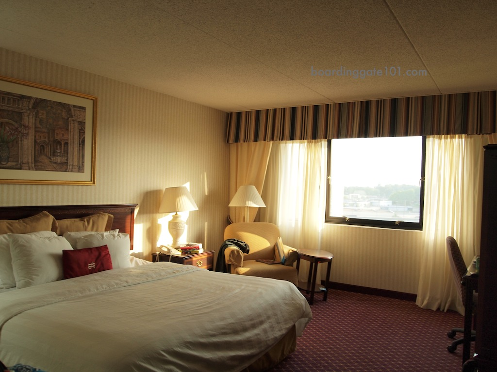 Hotel Review: Crowne Plaza St. Louis Airport