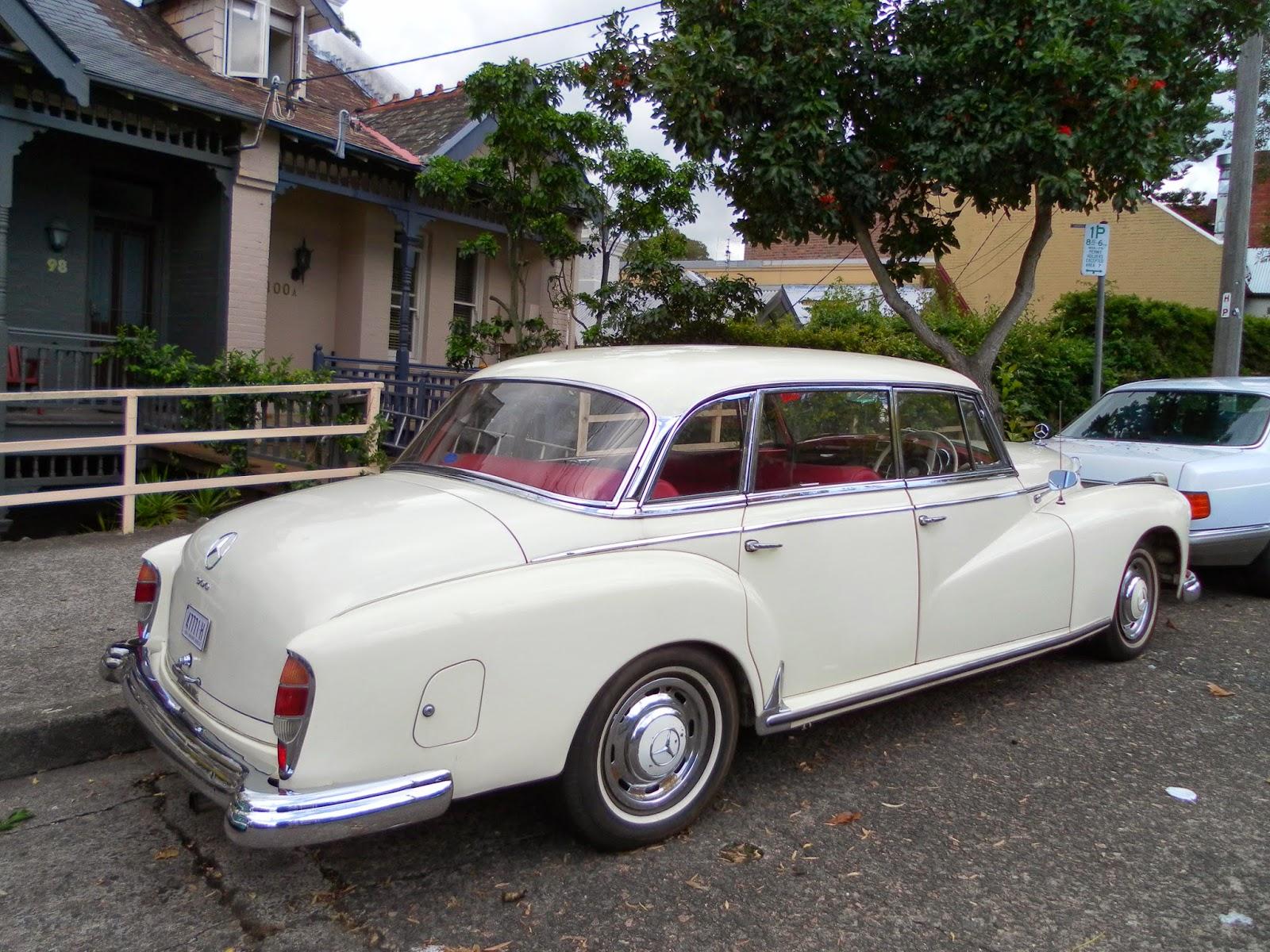 Aussie Old Parked Cars 1960 Mercedes Benz W189 Type 300d