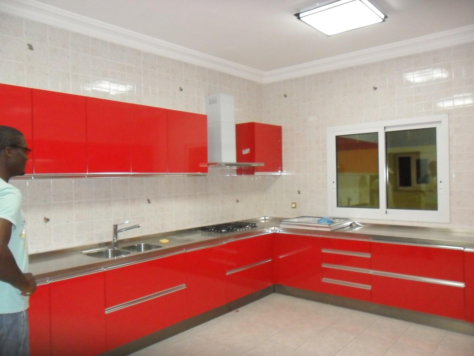 Immobilis cameroun villa duplex a vendre sur bastos dragages for Grande cuisine equipee