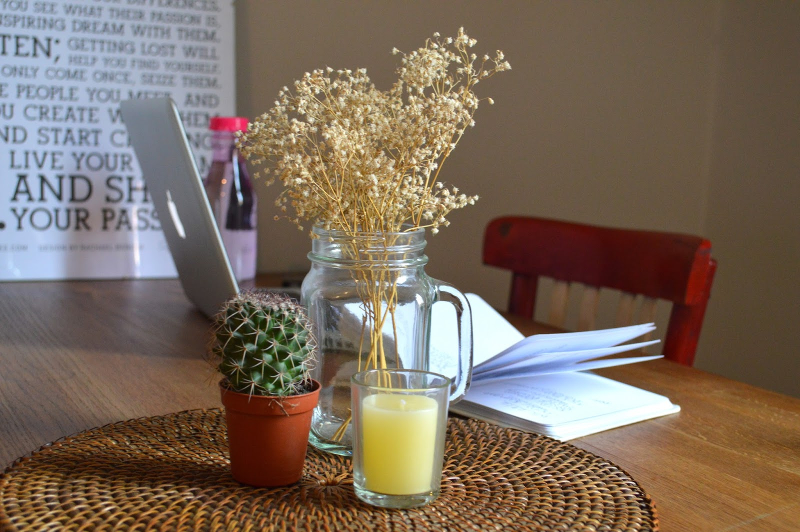 Cactus, jam jar and candle ornaments inspiration in Airbnb apartment Barcelona