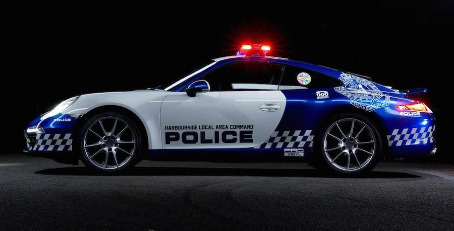 オーストラリアNSW警察が公開した「ポルシェ911カレラ」のパトカー。