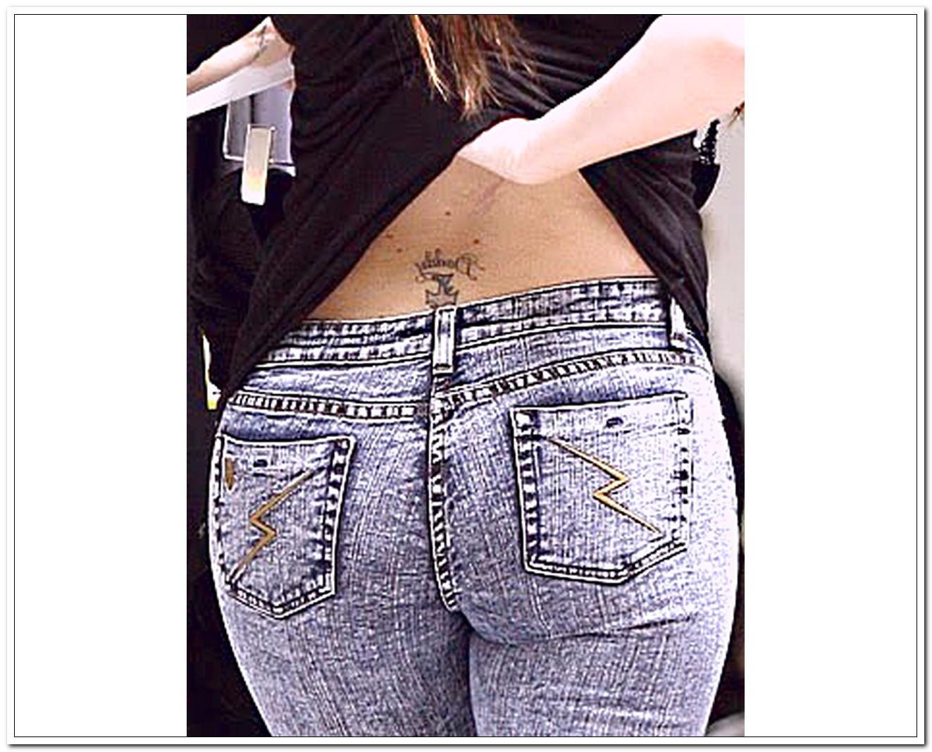 Khloe Kardashian Tattoo Styles