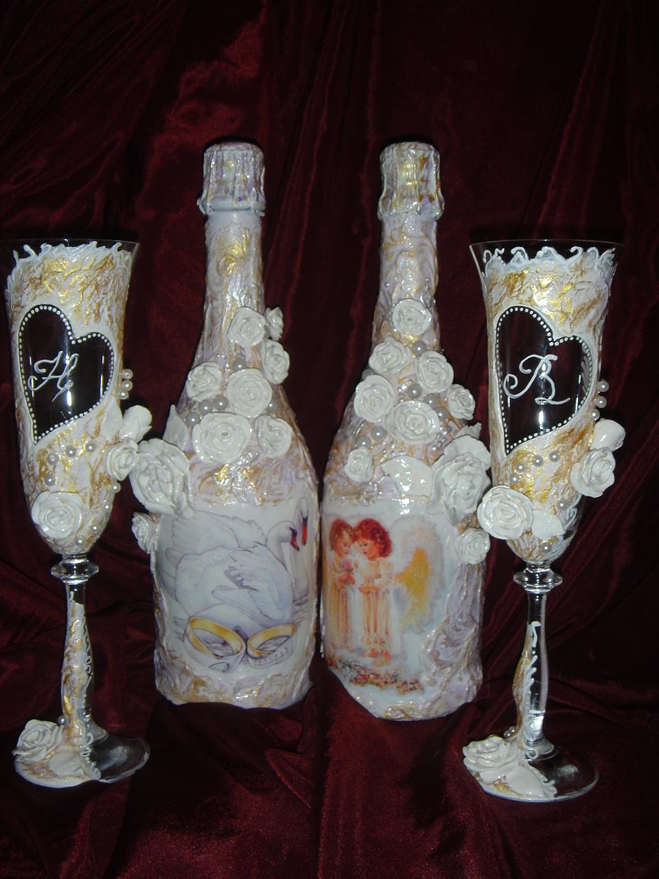 Как своими руками украсить свадебное шампанское 75
