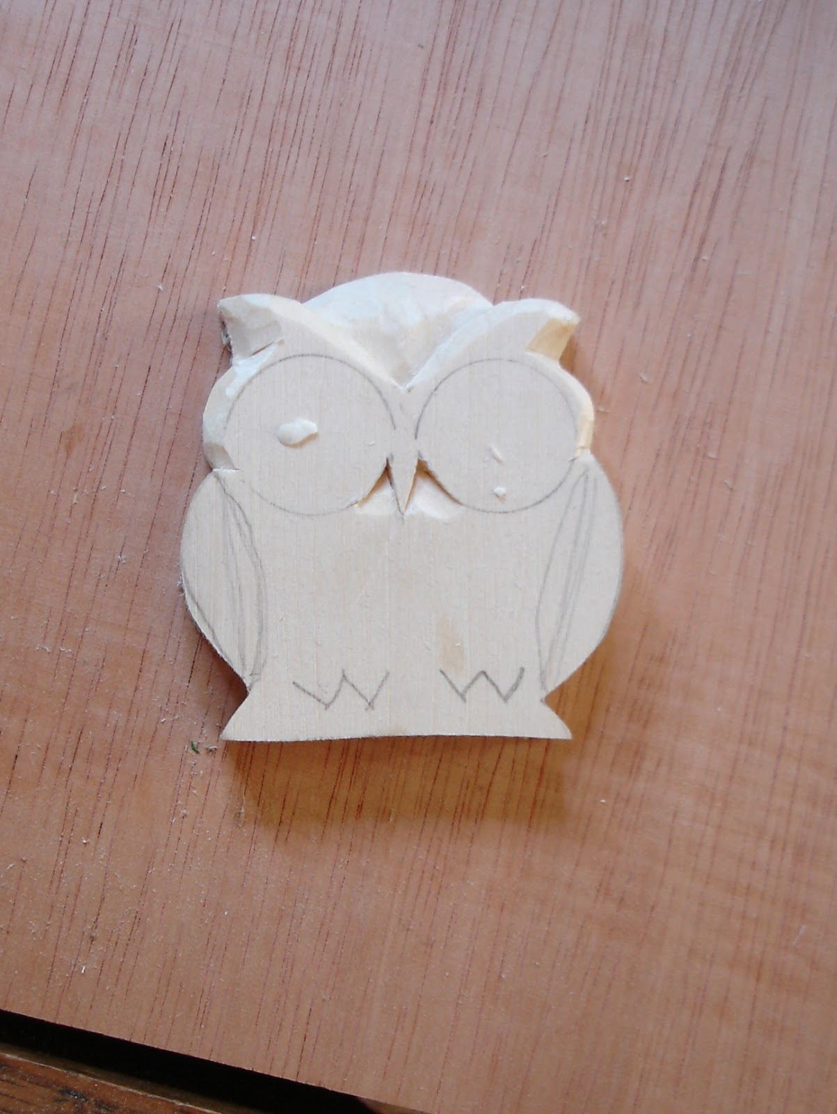 Beginners carving corner and beyond easy owl pin or pendant