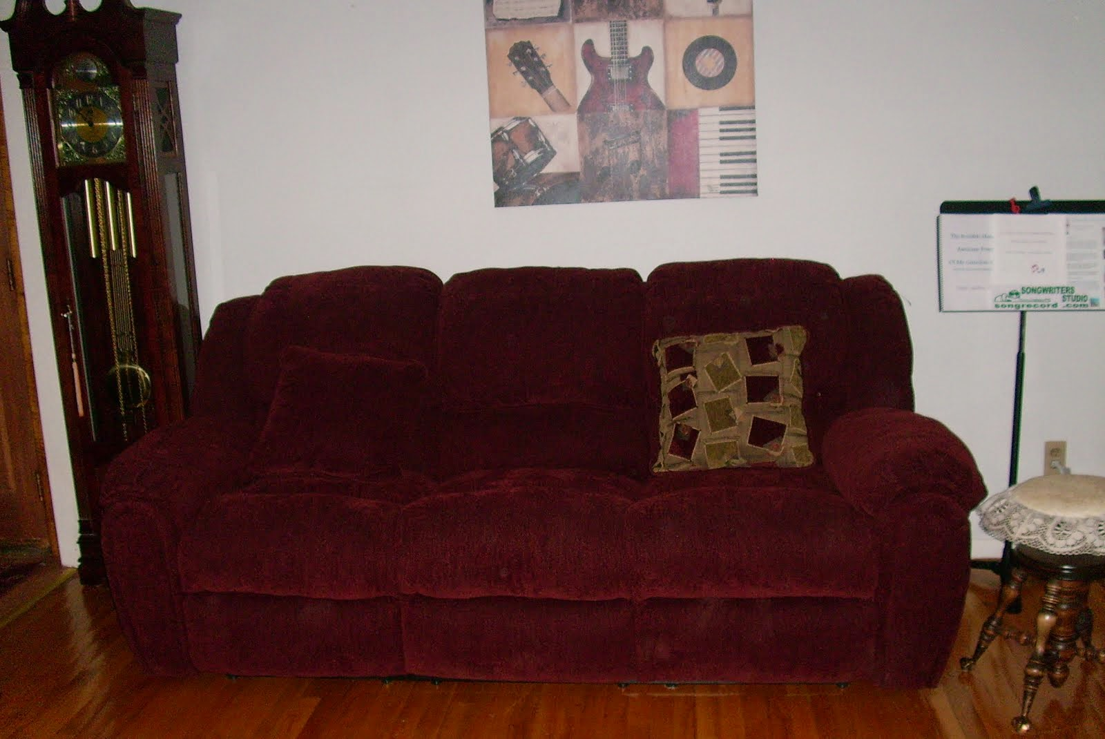 New Couch For Clara !