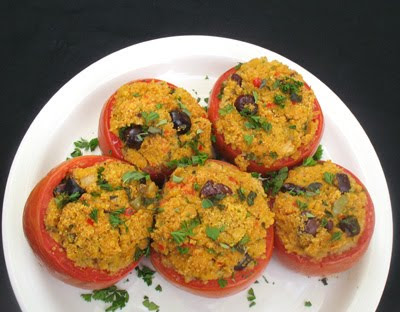 stuffed tomatoes with quinoa and herbs