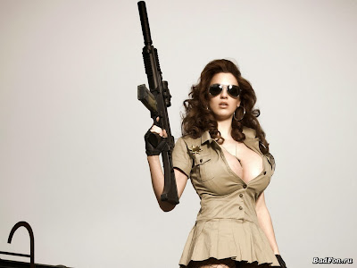 sexy-women-with-gun