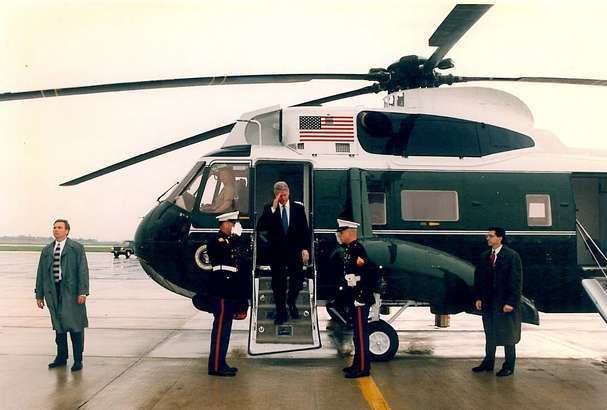President Clinton with SAIC Lew Merletti