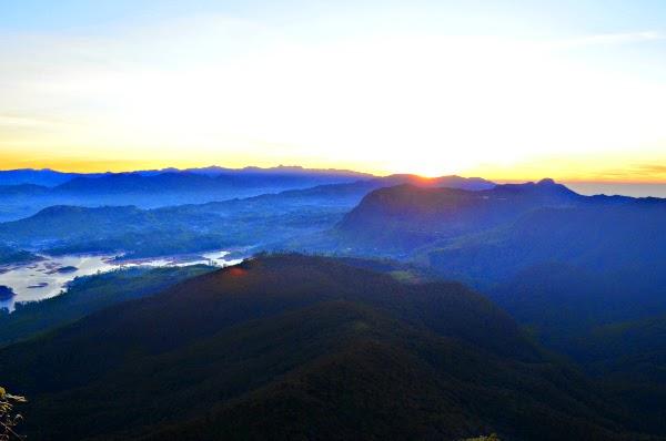 Adam'e Peak