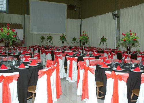 decoracao branco preto e vermelho:DECORAÇÃO DE CASAMENTO EM VERMELHO E PRETO