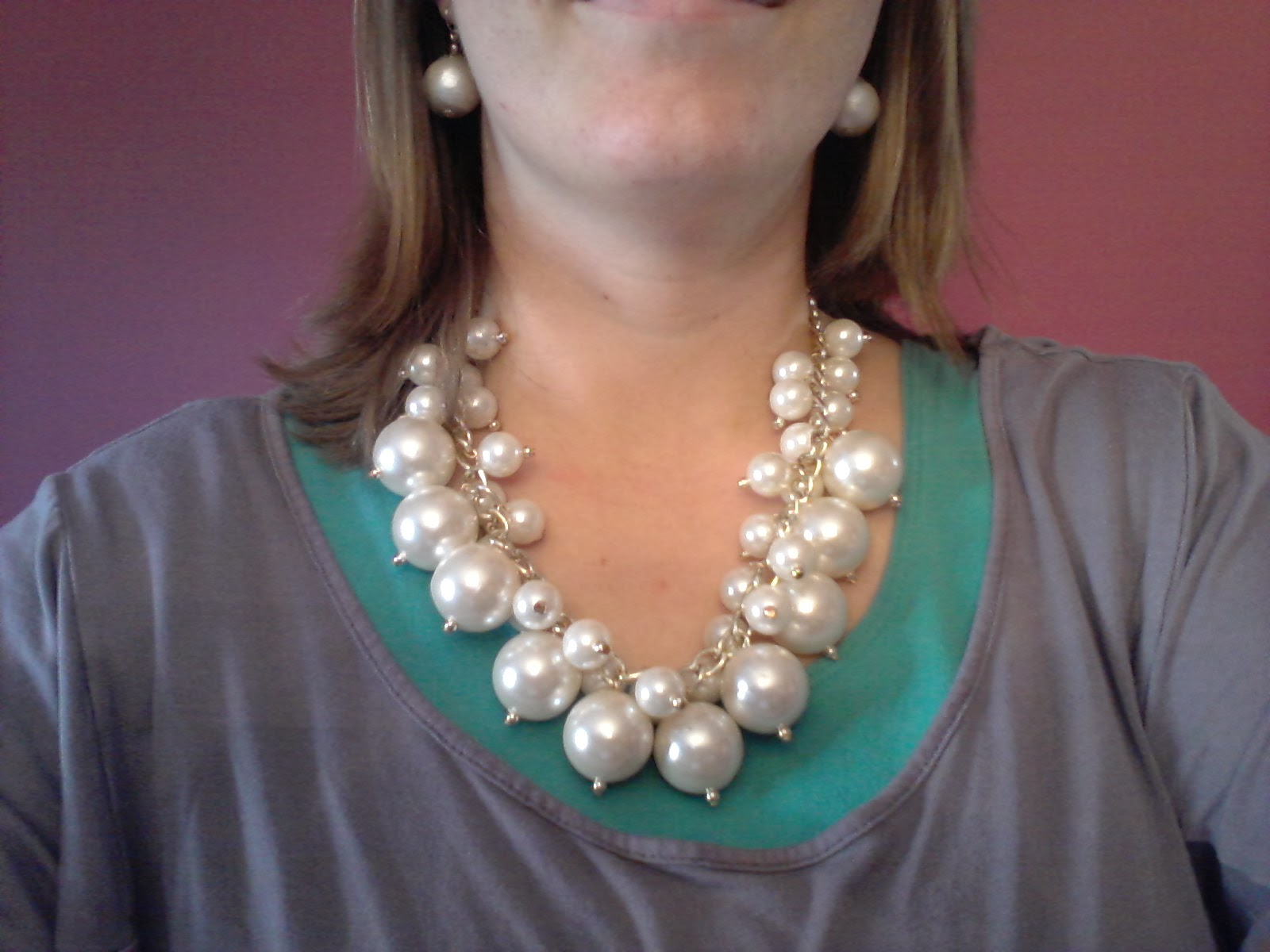 Mom's Thumb Reviews: Choies Pearl Necklace