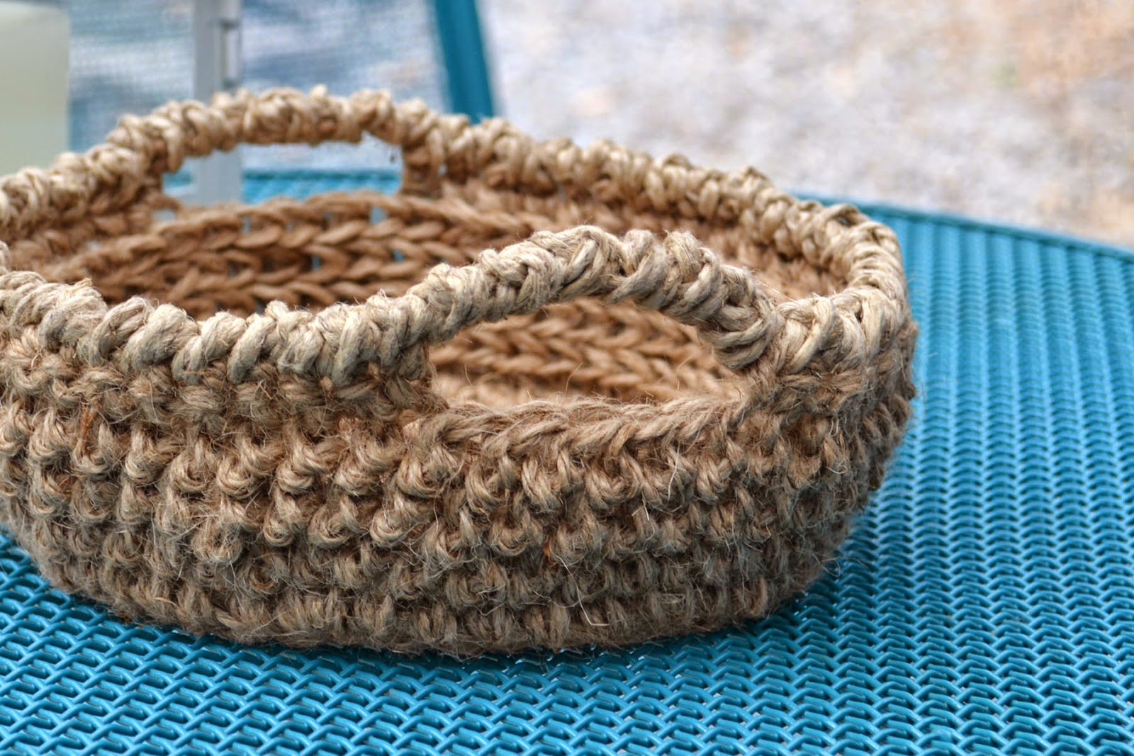 Free Patterns Crochet Baskets Bowls : Crochet in Color: Inside Out Jute Bowl