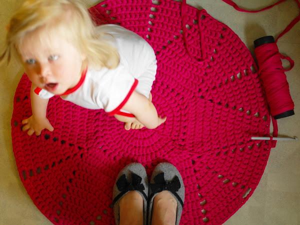 Viittä vaille valmis matto