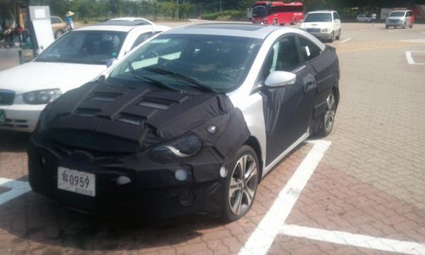 Hyundai-Elantra-coupe
