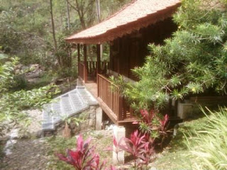 Rumah Gebyok Villa Roso Mulyo