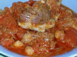 طاجين الطماطم بالبصل واللحم