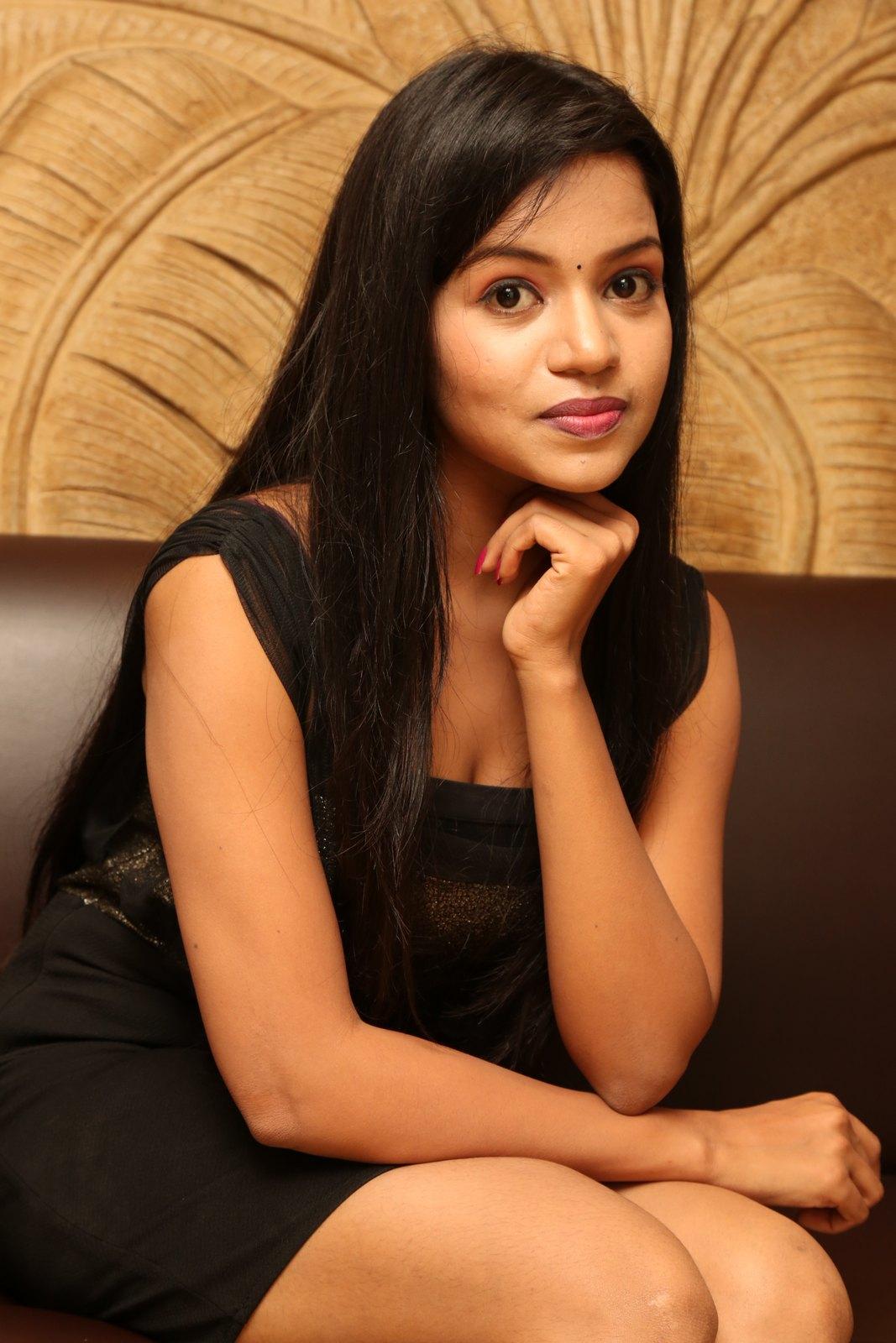 Bhavya sri New glam photo shoot-HQ-Photo-3