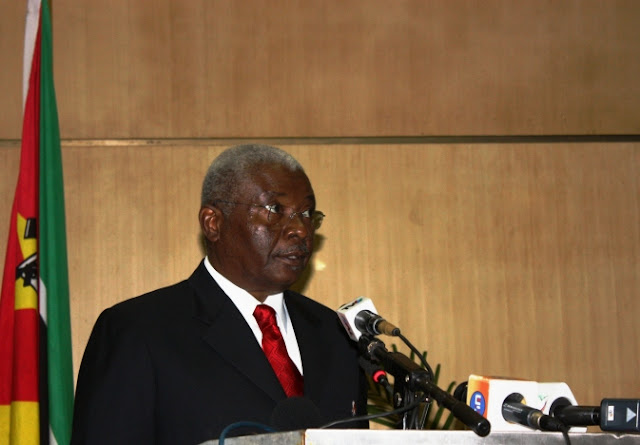 Moçambique: PR Guebuza vai abordar a questão da juventude na cimeira da União Africana