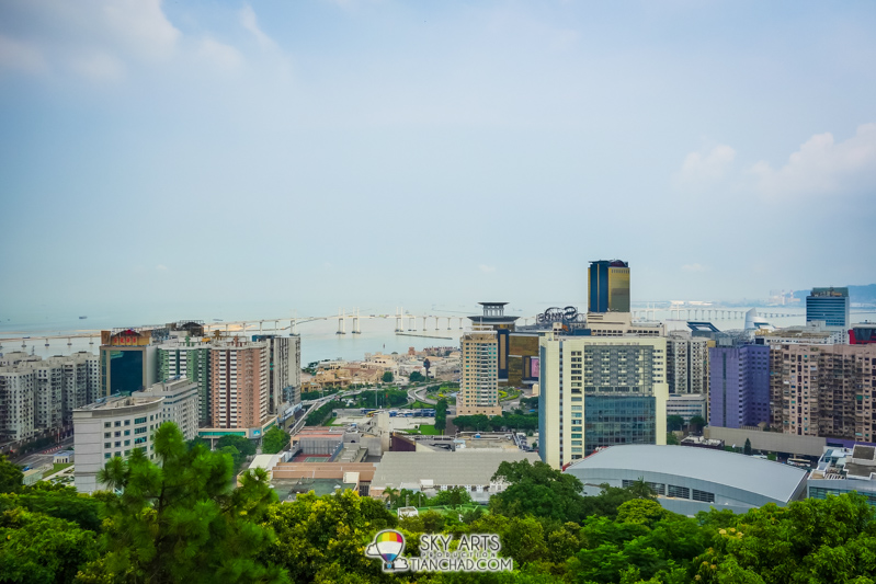 City view of Macau 'Ponte da Amizade 友谊大桥' from Guia Chapel and Lighthouse