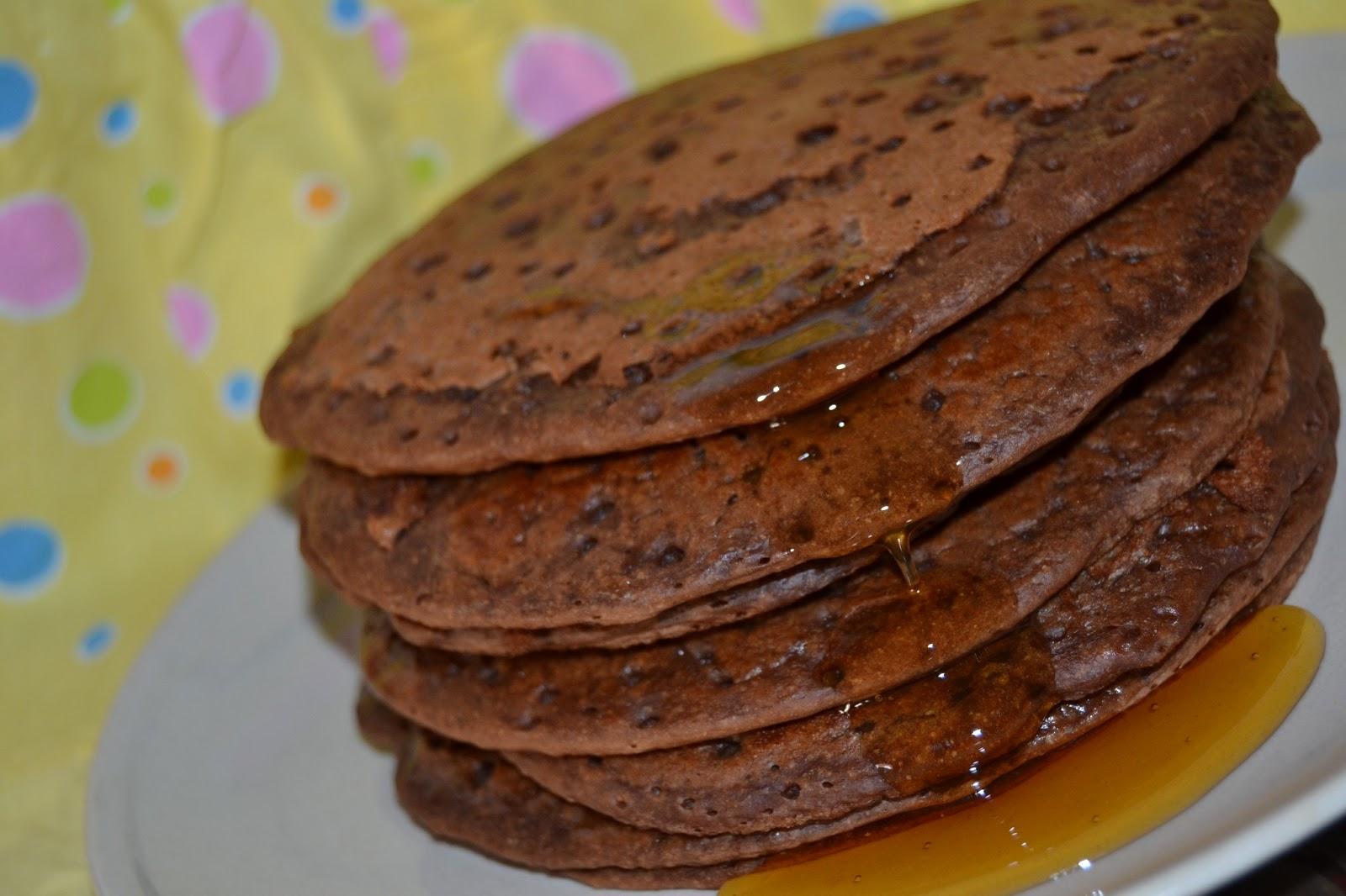 The Big Sweet Tooth: Eggless Chocolate Pancakes