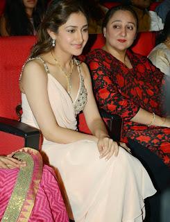 Telugu Actress Sayesha Saigal Pictures at VV Vinayak Movie Opening  33.JPG