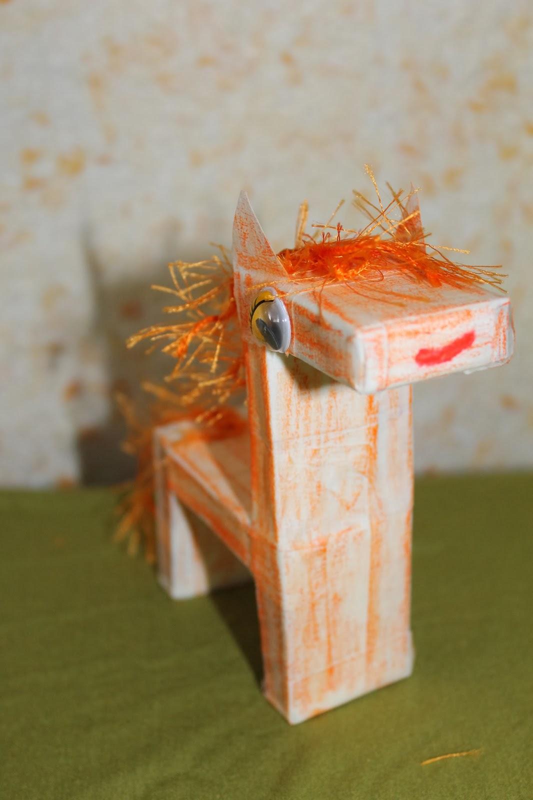 Поделка из спичечных коробков Лошадка