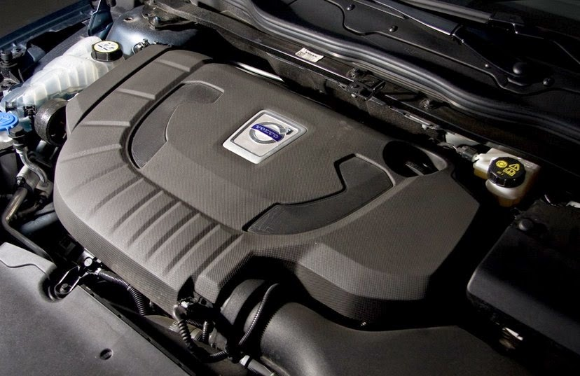 2015 Volvo V40 D4 Luxury engine
