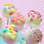 MAKE - MARSHMALLOW LOLLIPOPS