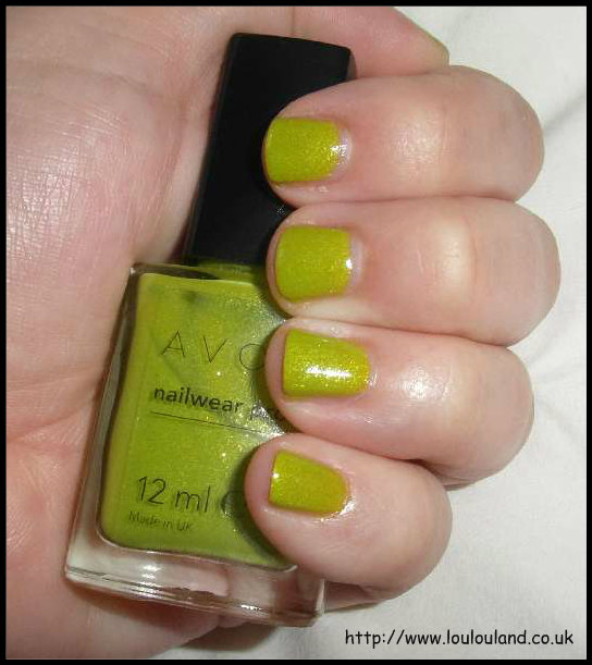 LouLouLand: Divine Lime - Neon Nails - Nails Of The Day