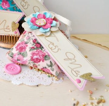 SRM Stickers Blog - Wedding Favors by Cathy - #wedding #favors #floral #bags #vintage #DIY