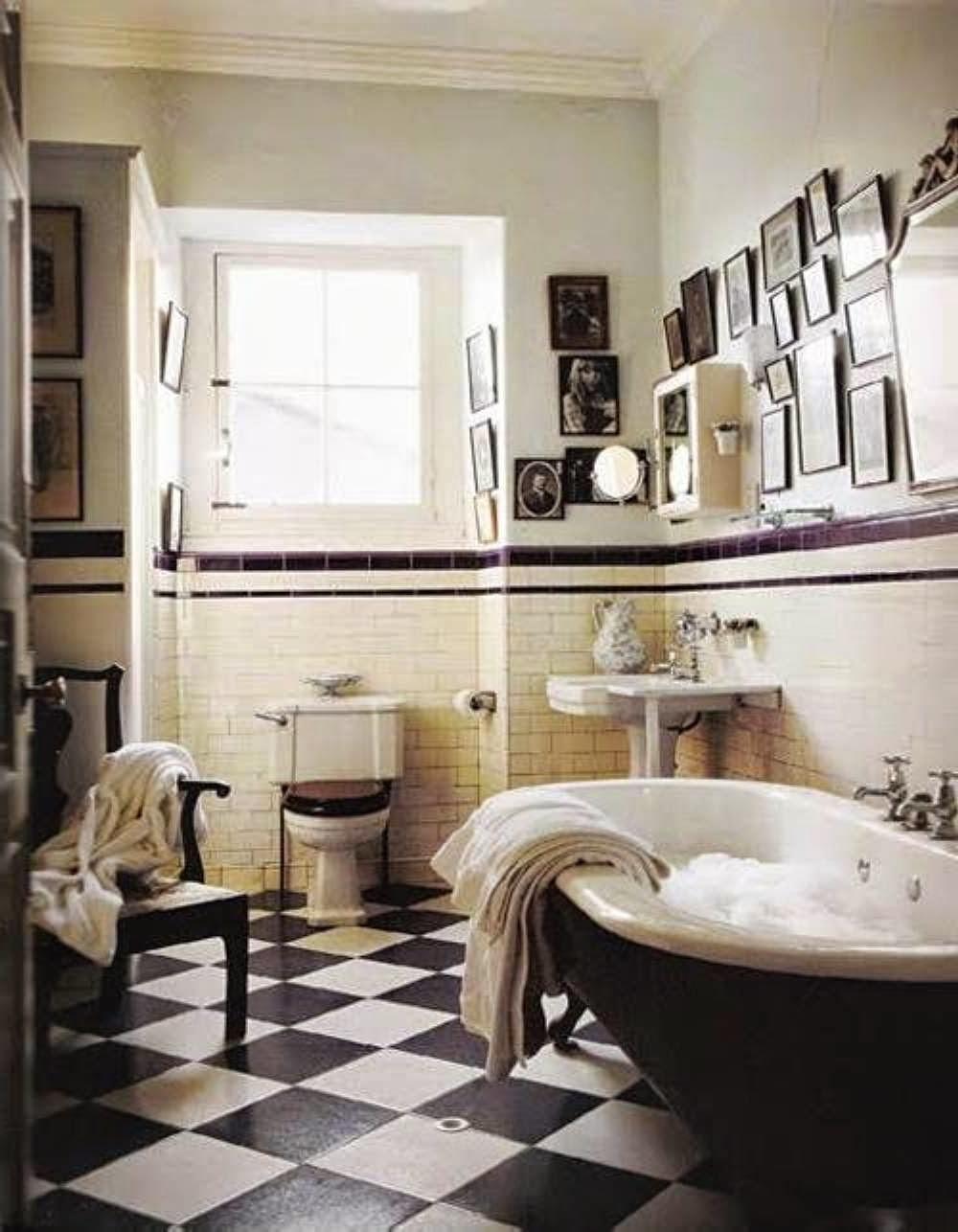 Great Art Deco Bathroom