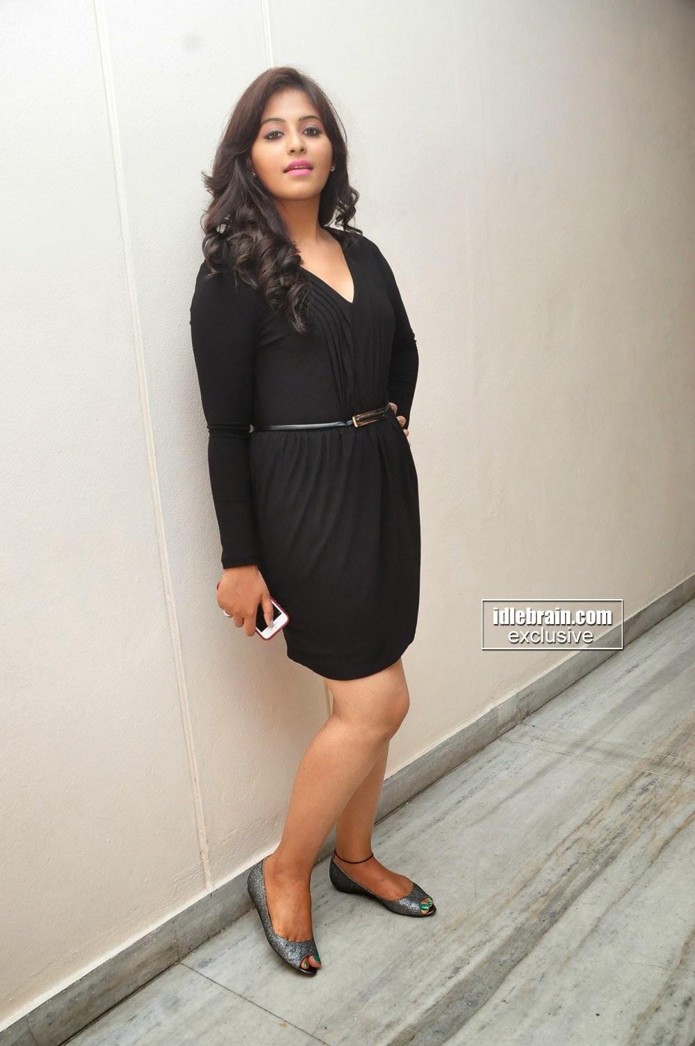 Actress Anjali New Photos