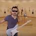 """Αυτός ο άντρας παίζει τη """"Μισιρλού"""" με 90 διαφορετικά όργανα (video)"""