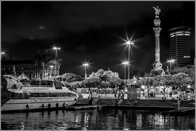 Maremagnum Break: Maremagnum, Rambla del Mar y Monumento a Colón (Barcelona)