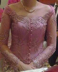 Foto Model Baju Kebaya Untuk Orang Gemuk