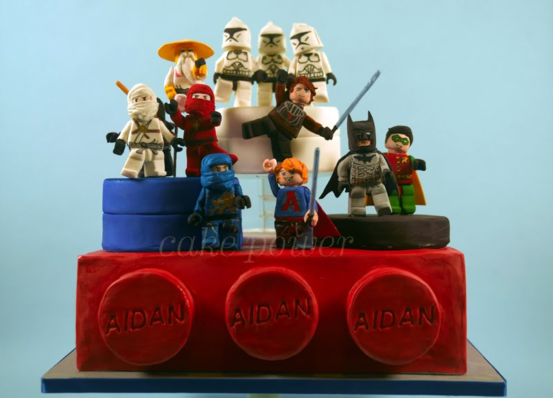 Attack of the Lego Minifigure Cake!