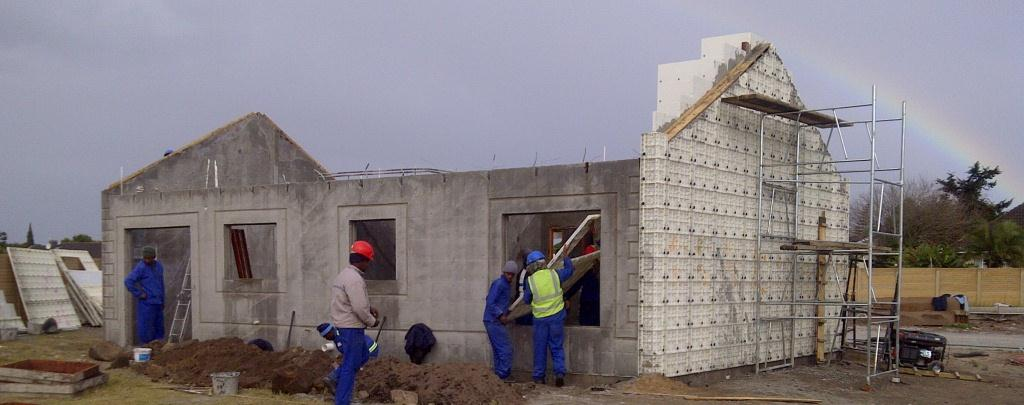 Construction technology moladi plastic formwork low for Affordable house construction