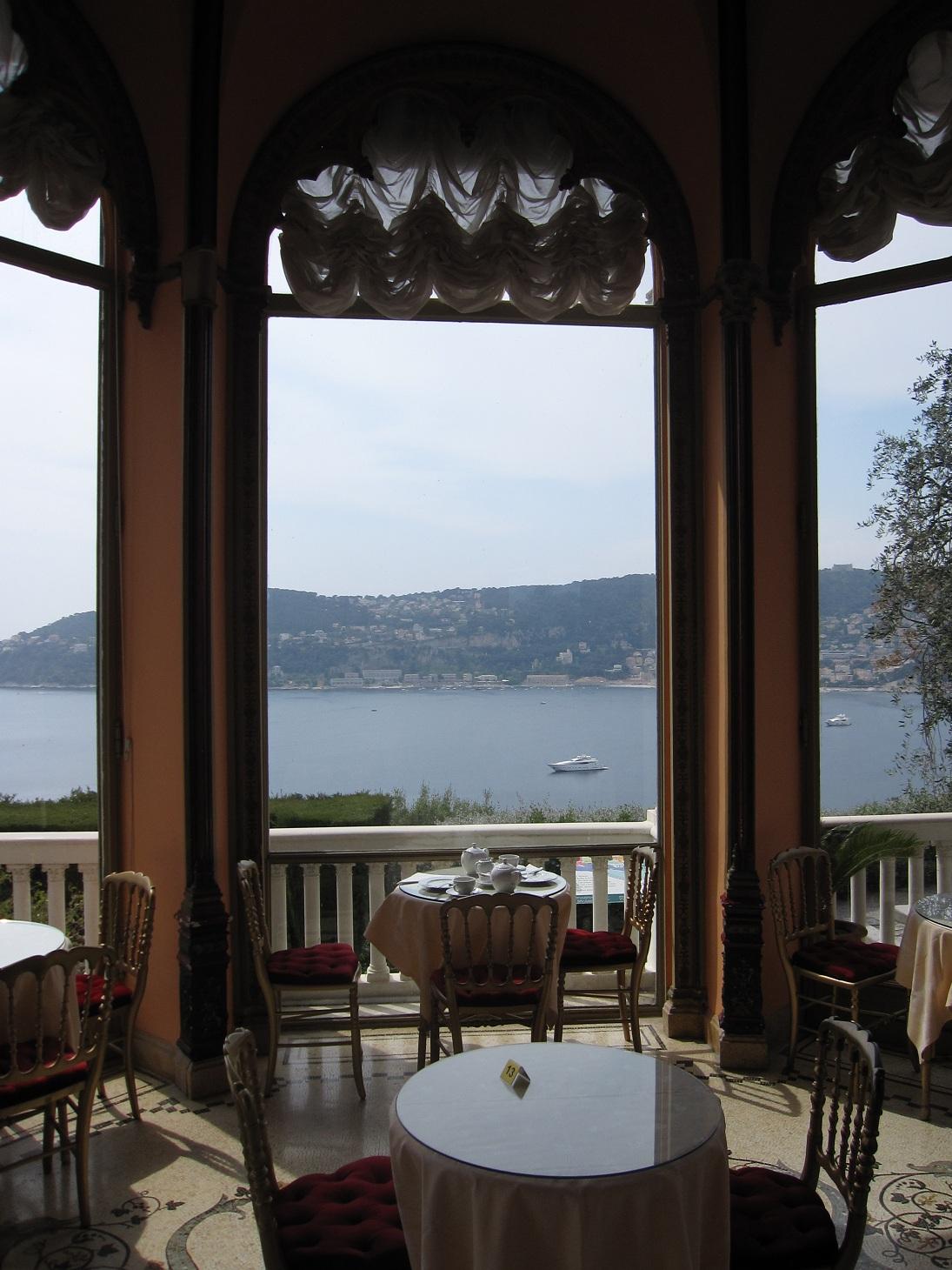Vu du balcon la villa ephrussi de rothschild for Restaurant le jardin vias