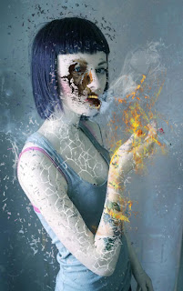 Garota tatuada surreal