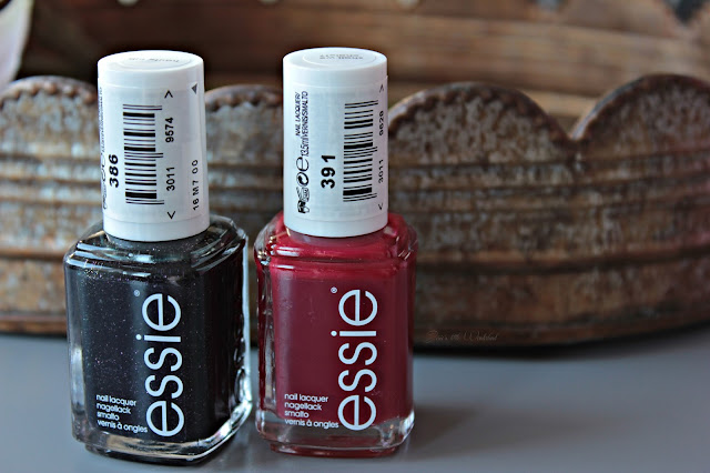 Beauty | xxl Shoppingausbeute - essie, limited edition, virgin snow le, red, haute tub, shall we chalet, winter, nails