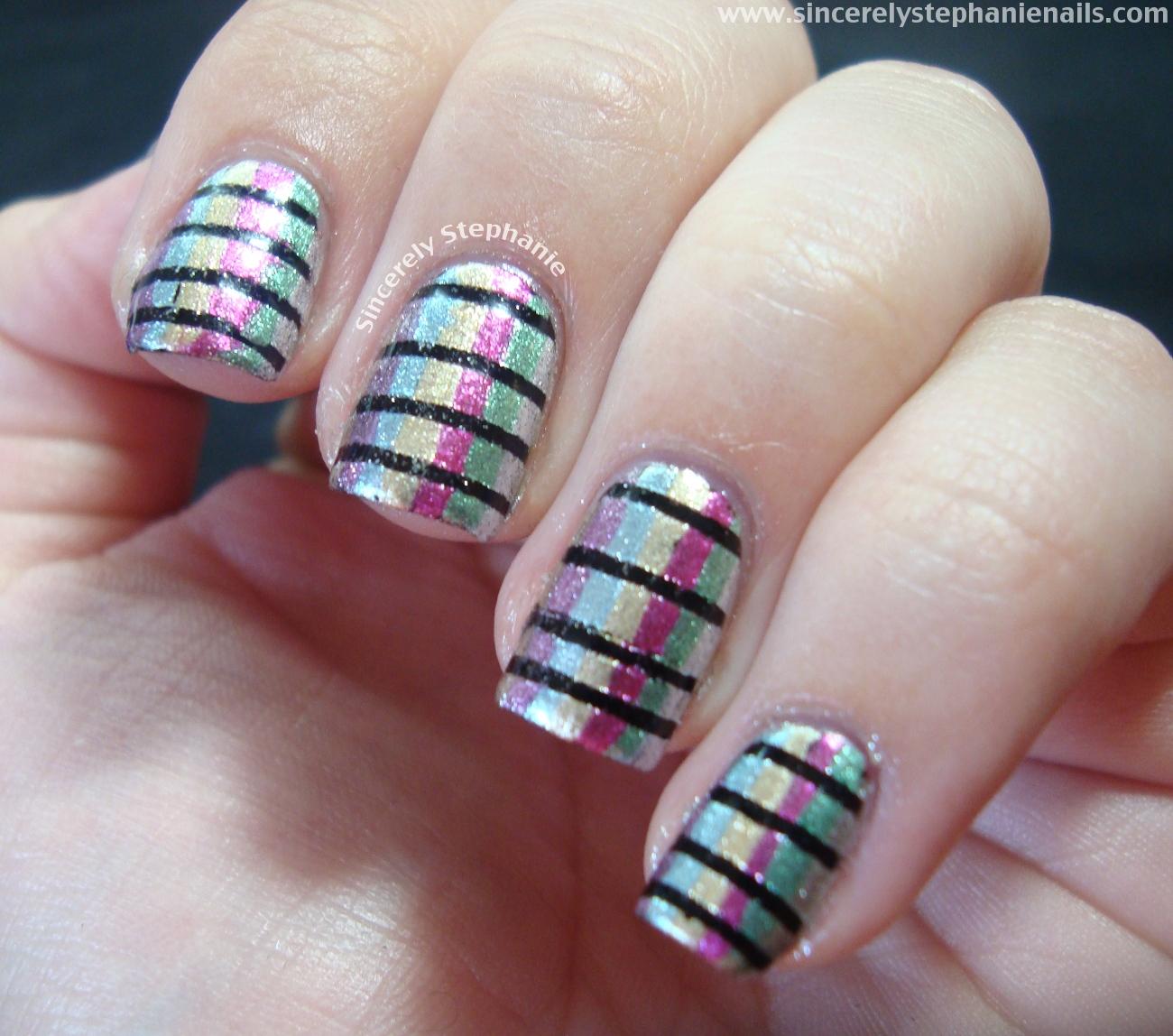 Simple Nail Art Lines Vertical lines nail art